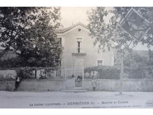 Ecole de Derbières